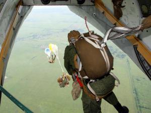 IGOR1777_desantS(1) МП КТОФ  высадилась на остров Врангеля на парашютах - Независимый проект =Морская Пехота России=
