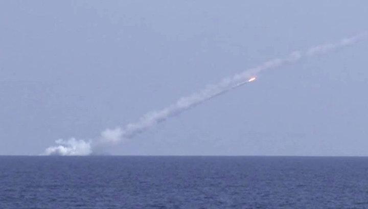 """Запуск крылатой ракеты """"Калибр"""" из подводного положения"""