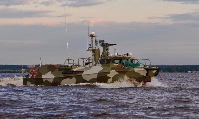 Черно море: Експериментален женски  екипаж се обучава да брани Русия от НАТО