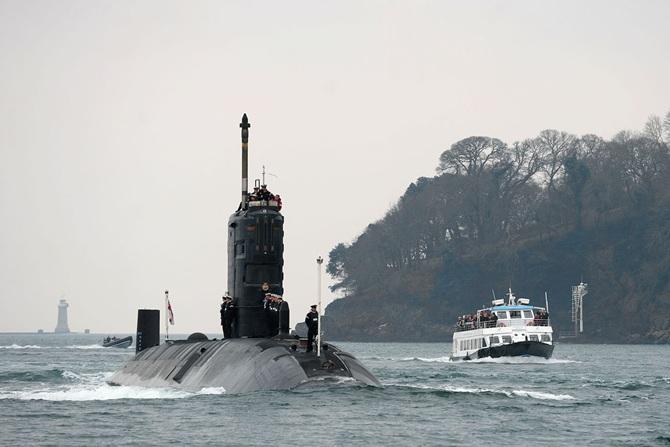 """Подводная лодка """"Торбэй"""" возвращается в Плимут"""