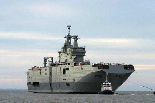 """Десантный вертолетный корабль-док """"Владивосток"""" типа """"Мистраль"""""""